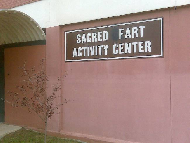 Farts can be sacred when you put your heart into it. By Bart Everson [CC BY 2.0]